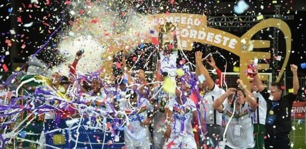 Sampaio Corrêa empatou com o Bahia em Salvador e levantou o troféu de forma inédita